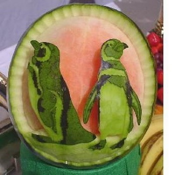 watermelon_carvings_01.jpg