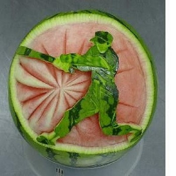 watermelon_carvings_03.jpg
